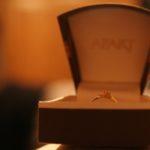 oświadczyny z pierścionkiem lub bez